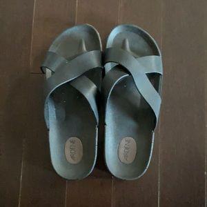 Ardene Slippers
